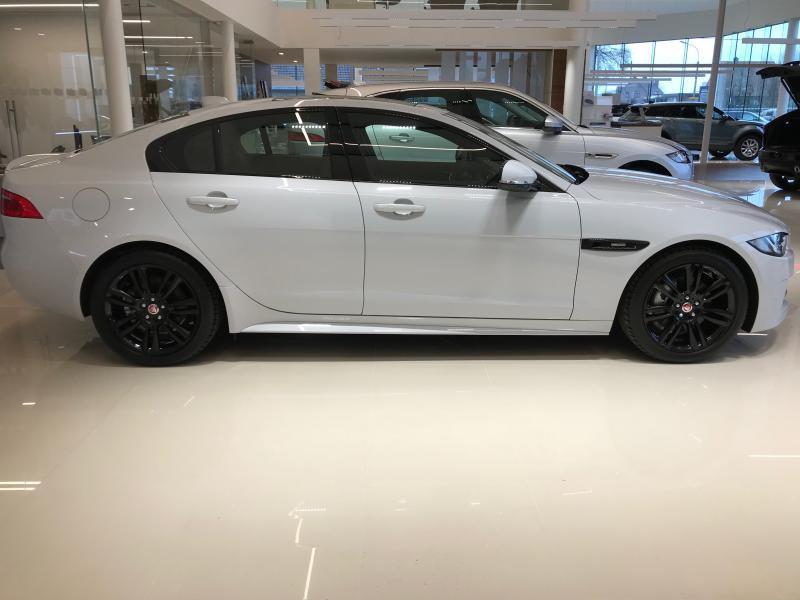 Jaguar XE